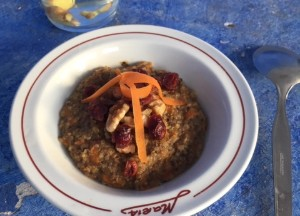Quinoagrød ala gulerodskage